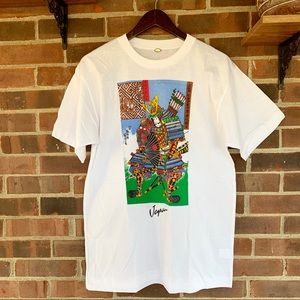 Tops - NWOT white graphic tee Japan